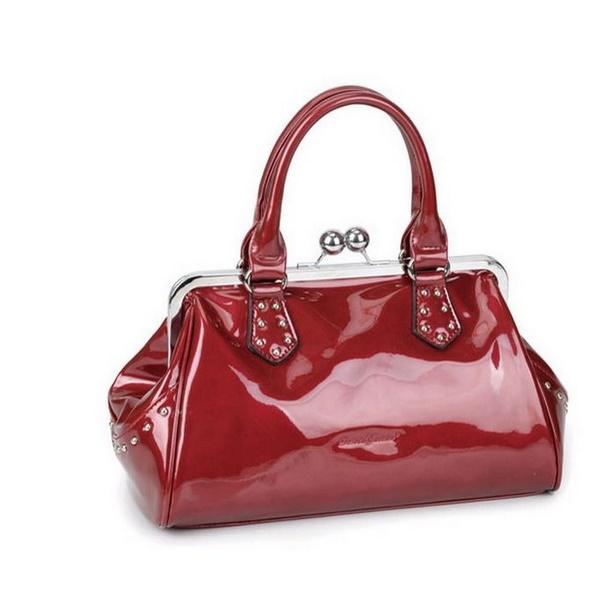 красная сумка David Jones